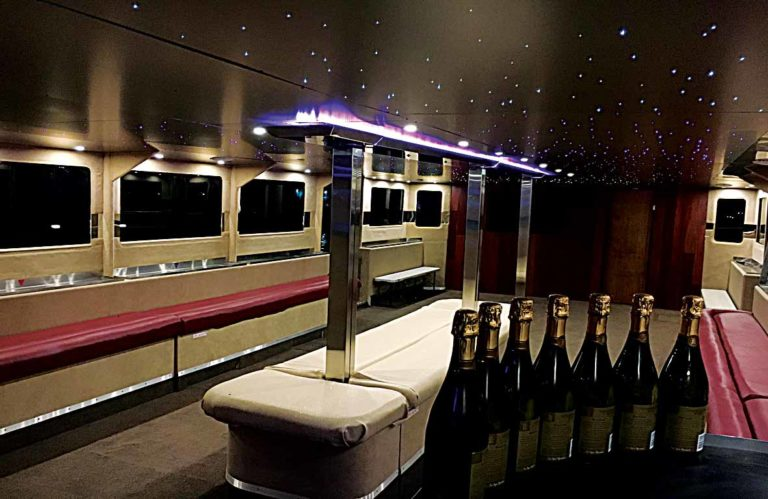 CHRISTMAS BOAT PARTY PRICES MELBOURNE - FantaSea Limo Cruises